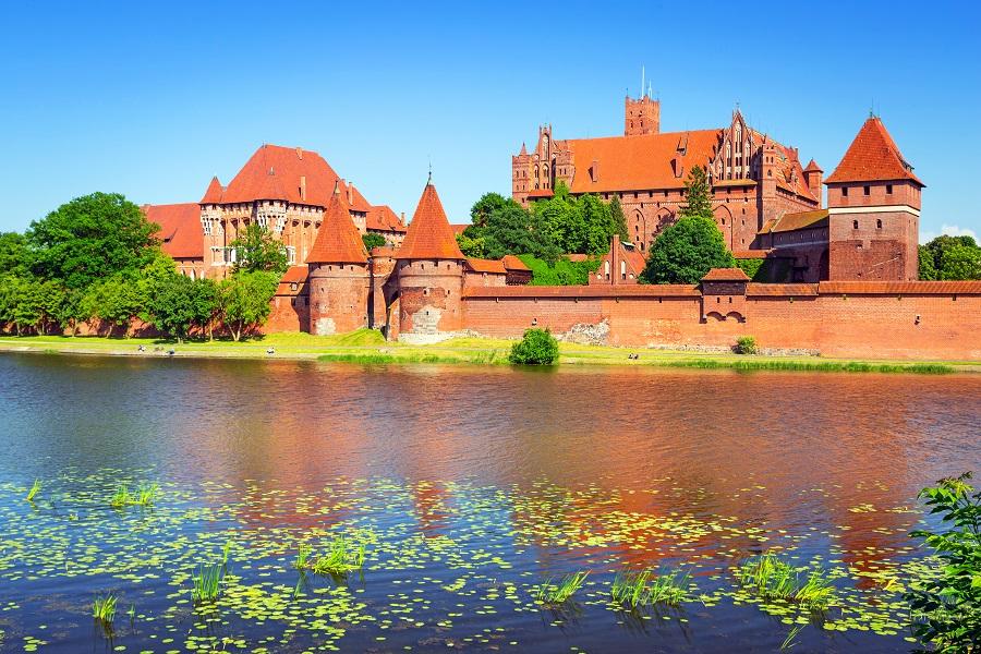 Las Ciudades De Polonia Le Permitir 225 N Conocer Uno De Los